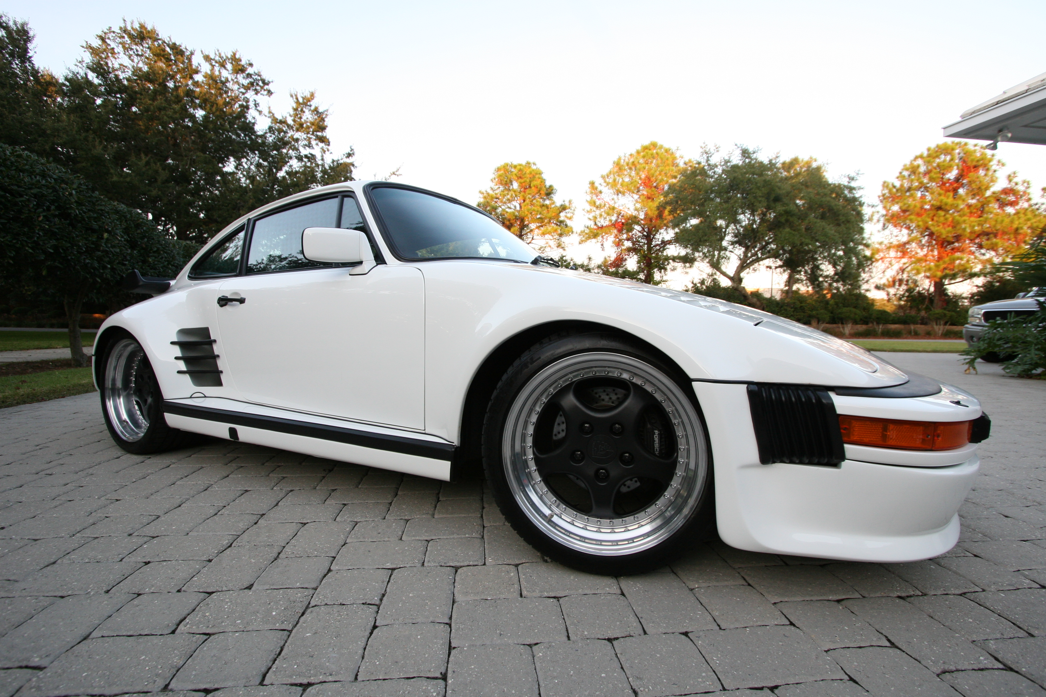 1985 Porsche 930 Turbo Modified Slantnose Hollywood