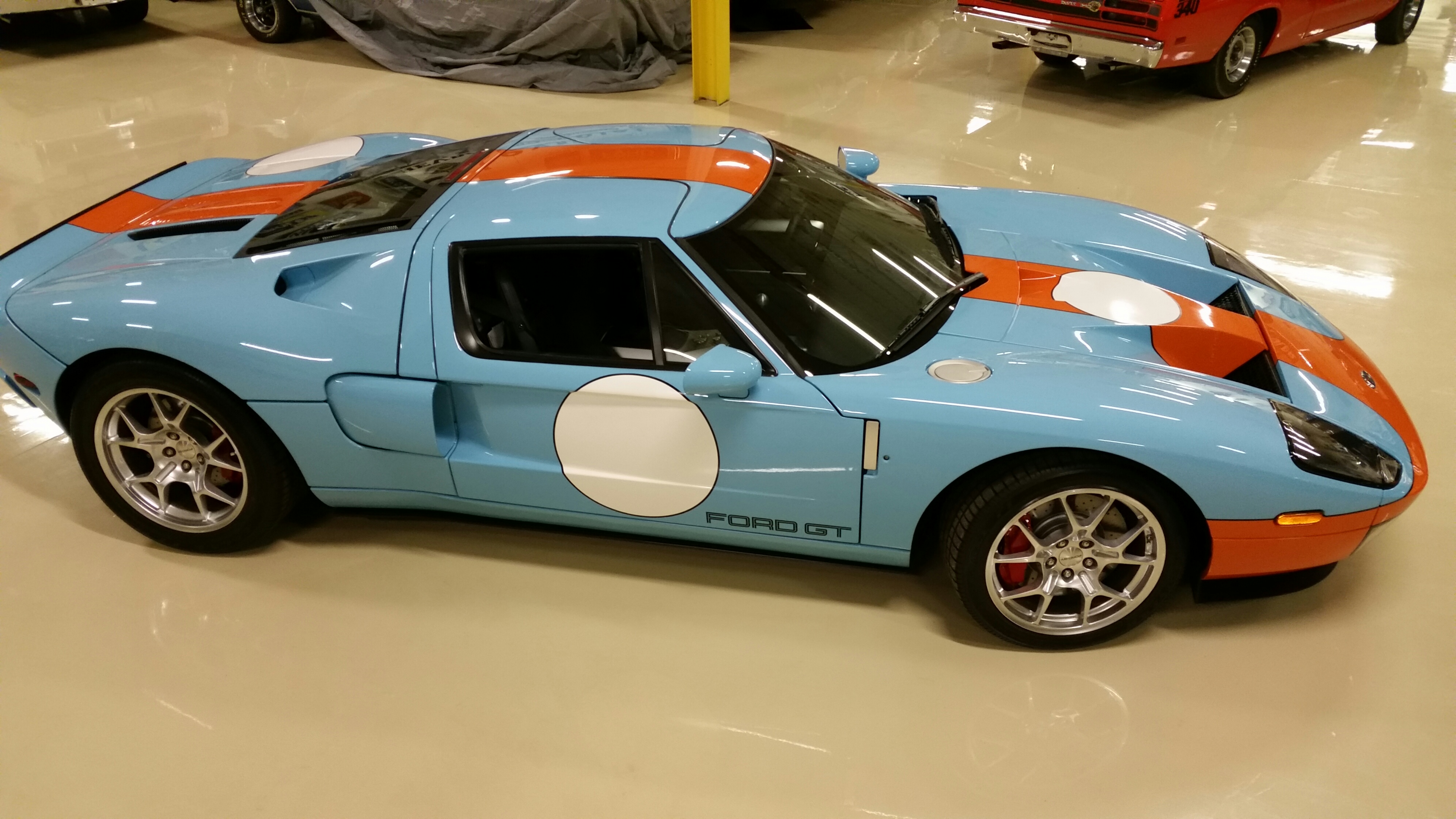 2006 Ford GT Heritage - Hollywood Wheels Auction Shows