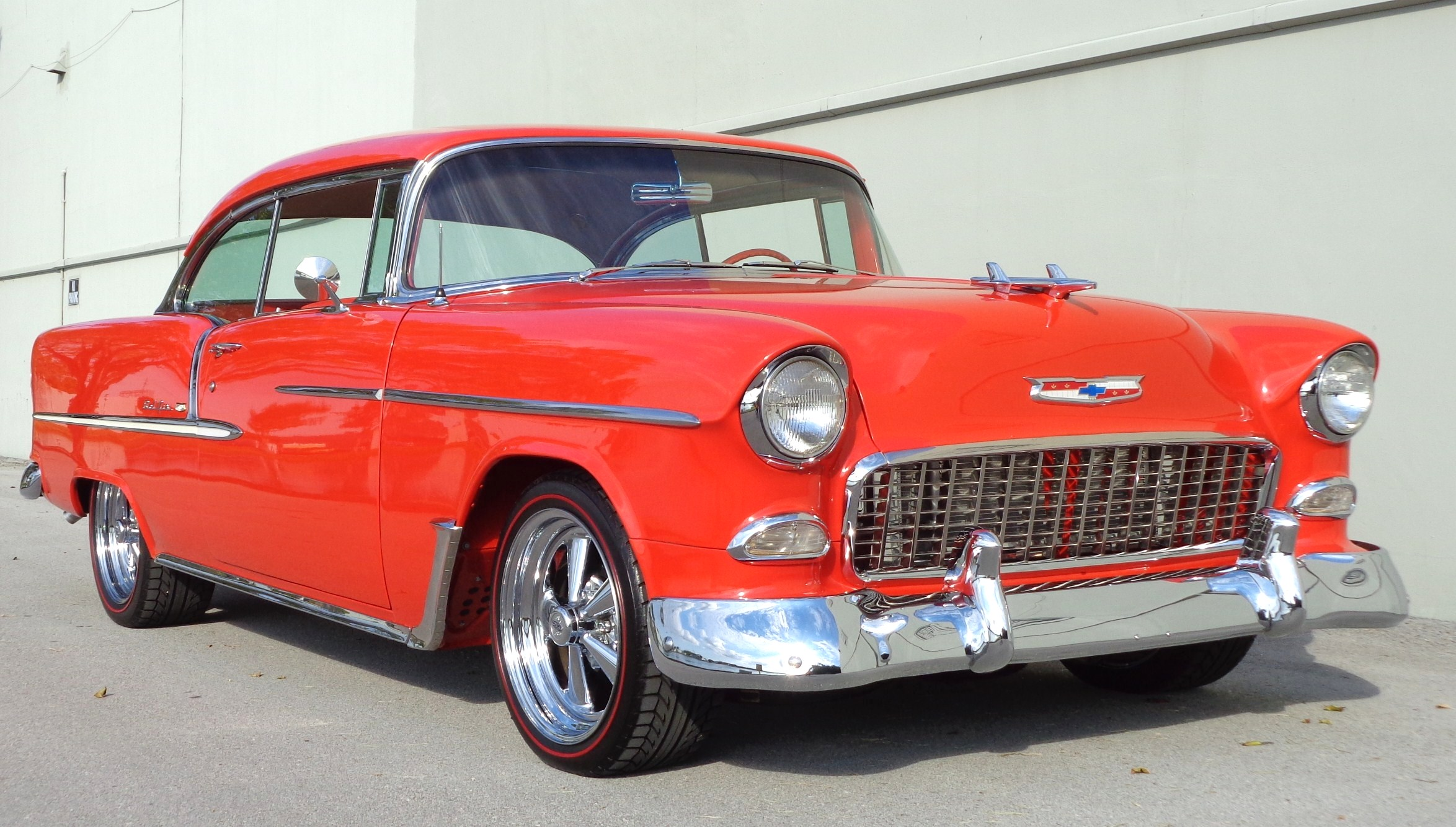 1955 Chevy Bel Air Restomod - Hollywood Wheels Auction Shows