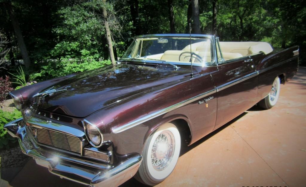 1956 Chrysler New Yorker Convertible - Hollywood Wheels