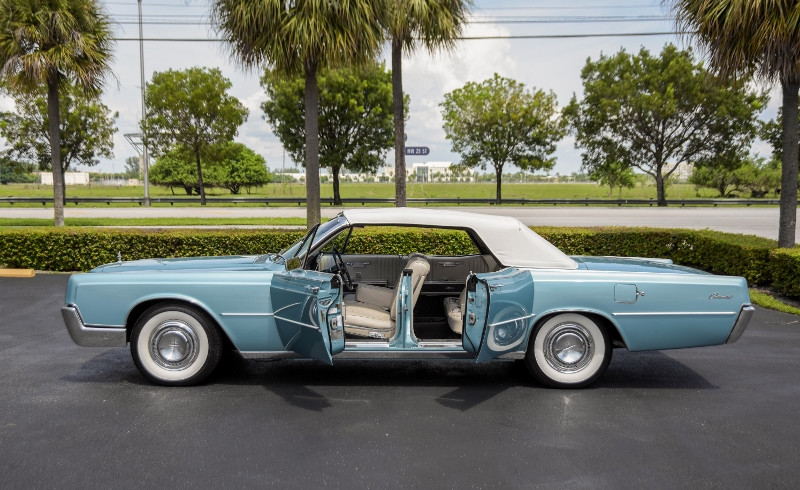 1967 lincoln continental convertible hollywood wheels auctions shows. Black Bedroom Furniture Sets. Home Design Ideas