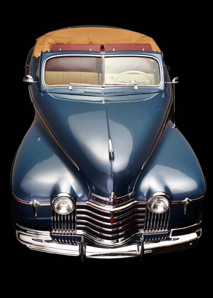 oldsmobile  convertible hollywood wheels auction shows