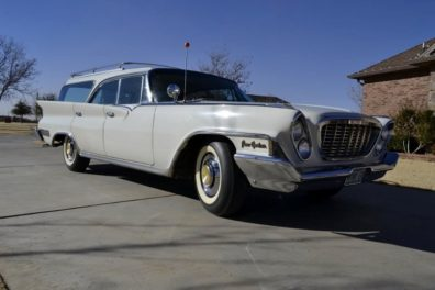 1961 Chrysler New Yorker Station Wagon