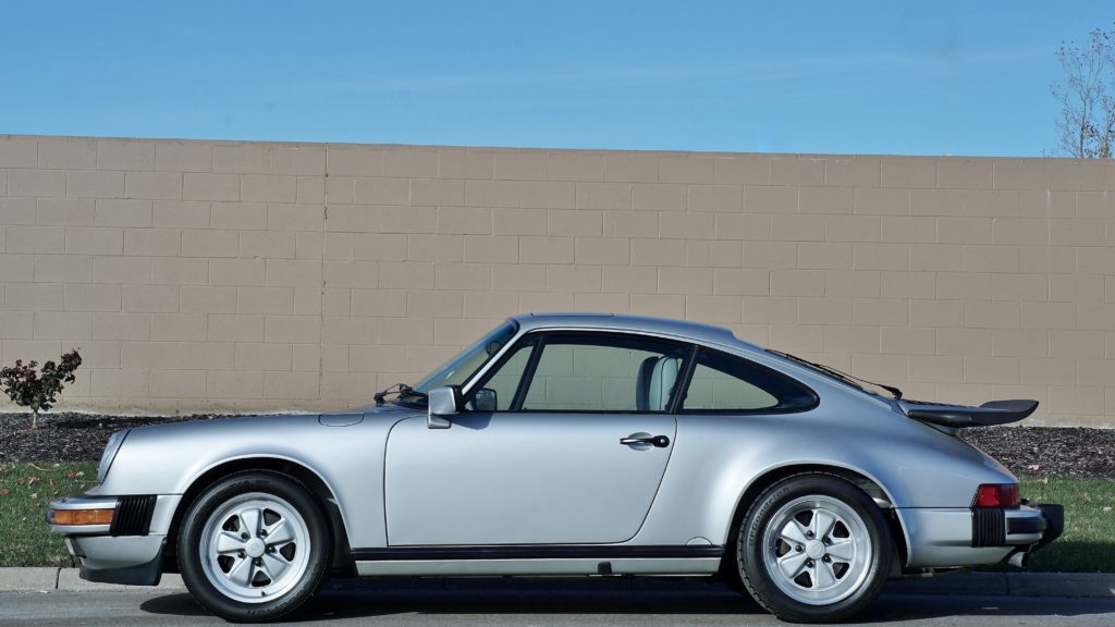 1989 Porsche 911 25th Anniversary Coupe Hollywood Wheels Auction Shows