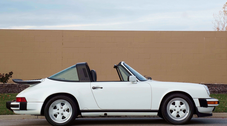 1989 porsche 911 targa hollywood wheels auction shows. Black Bedroom Furniture Sets. Home Design Ideas