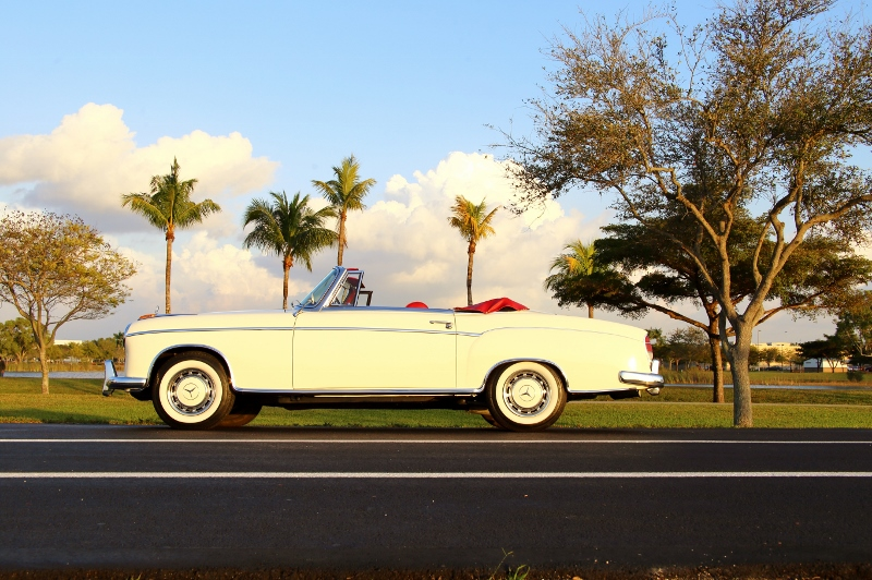 1959 Mercedes Benz 220 S Cabriolet Hollywood Wheels