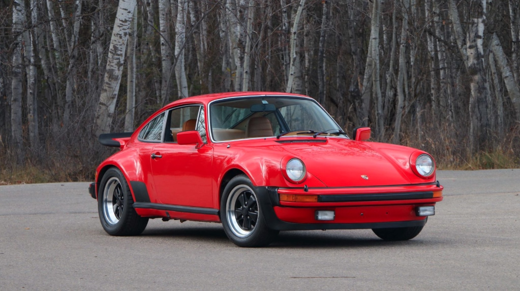 1977 porsche 930 turbo hollywood wheels auction shows. Black Bedroom Furniture Sets. Home Design Ideas