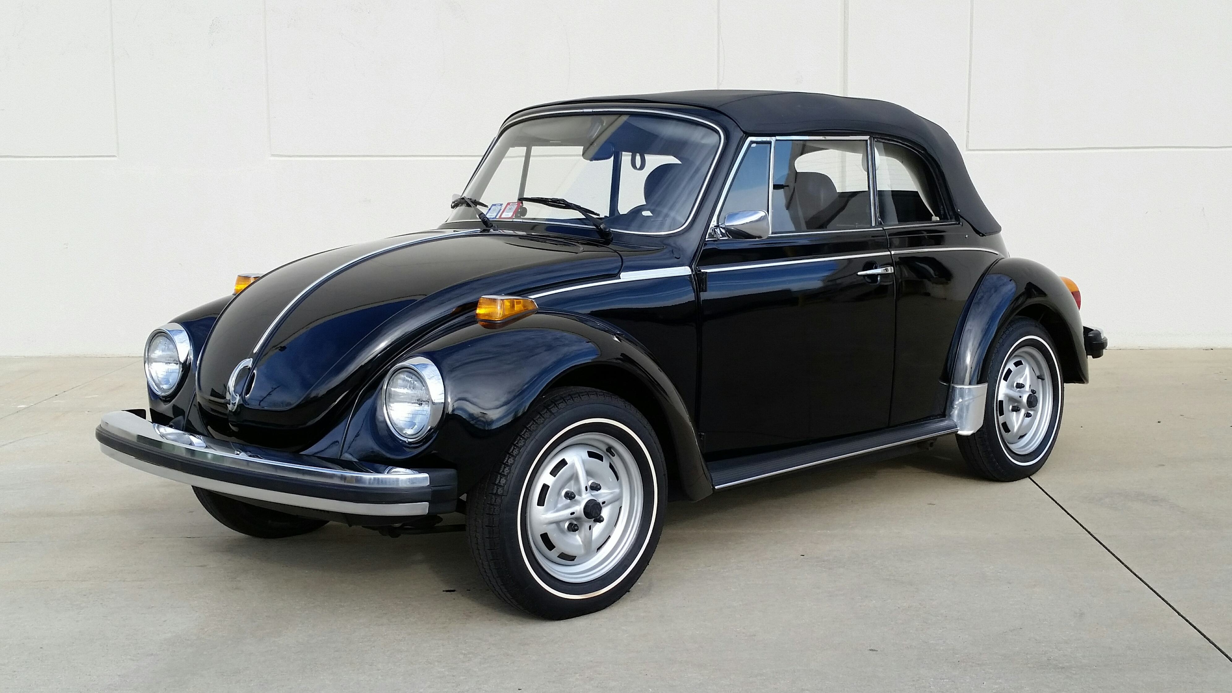 1979 Volkswagen Super Beetle Convertible Hollywood Wheels Auction Shows