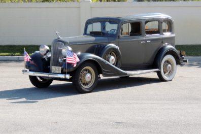 1933 Pontiac Straight 8 Sedan