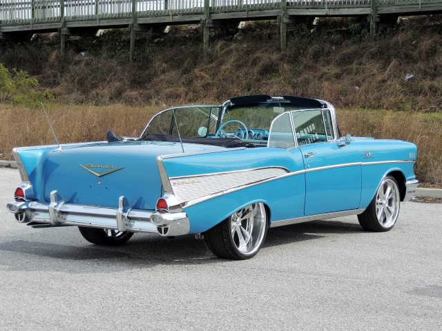 Nevada Auto Sound >> 1957 Chevy Bel Air Convertible Restomod - Hollywood Wheels Auction Shows