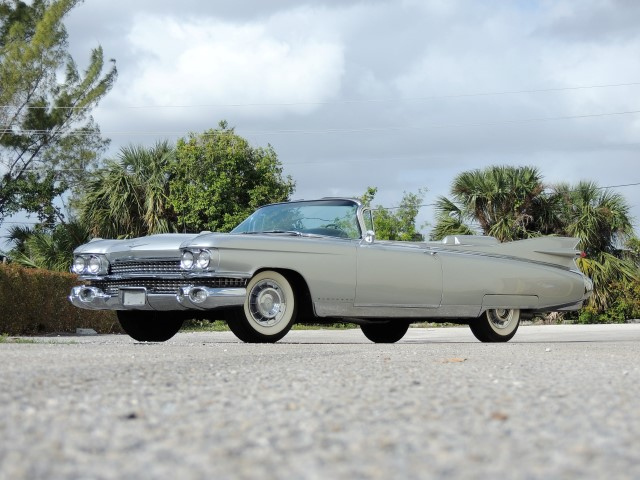 1959 Cadillac Eldorado Biarritz Convertible Hollywood Wheels