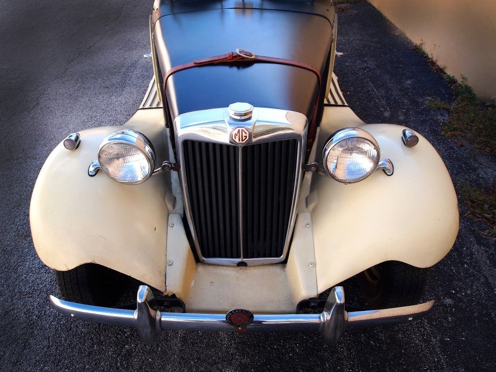 1952 MG TD Speedster - Hollywood Wheels Auction Shows