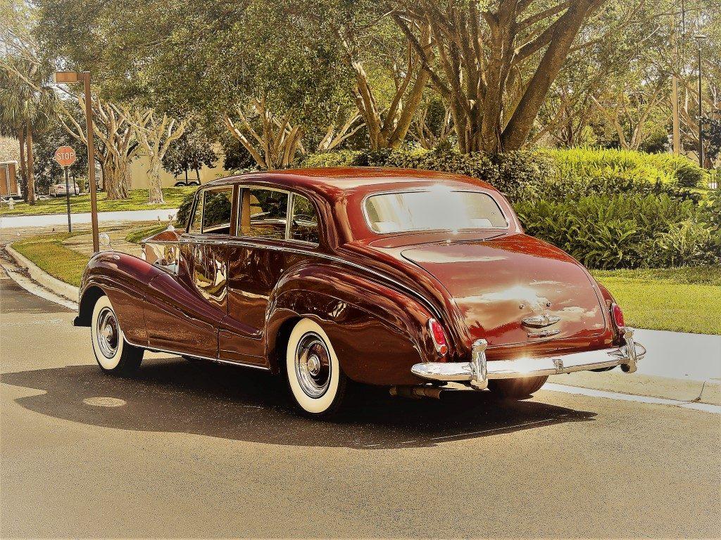 1956 Rolls Royce Silver Wraith Hollywood Wheels Auction