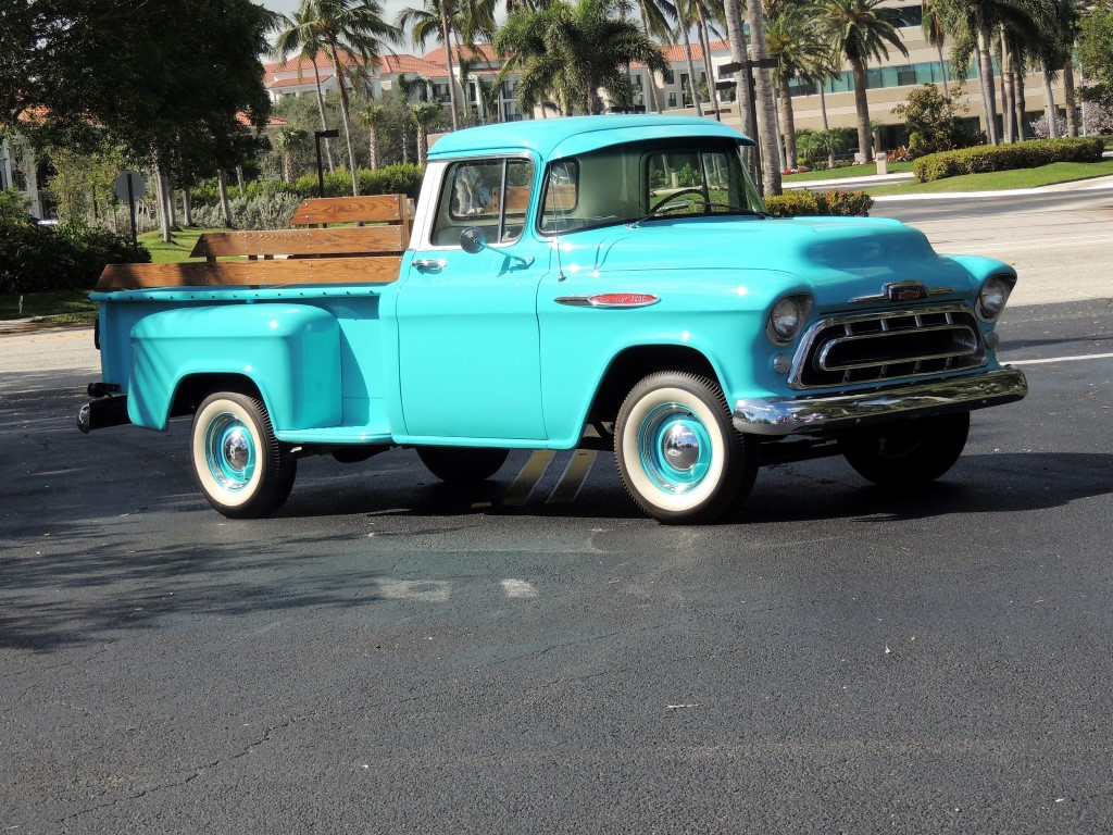 1957 Chevy 3200 Pickup Truck Hollywood Wheels Auction Shows