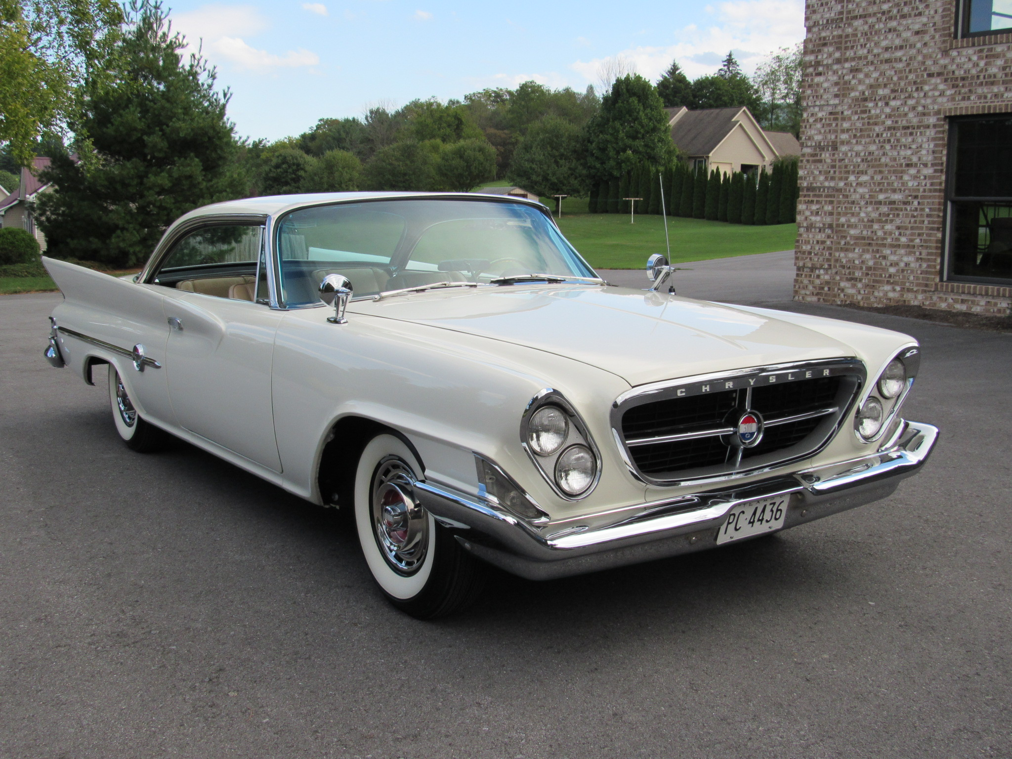 1961 Chrysler 300G - Hollywood Wheels Auction Shows